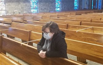 Pastors, parishioners thankful for return to private prayer in church